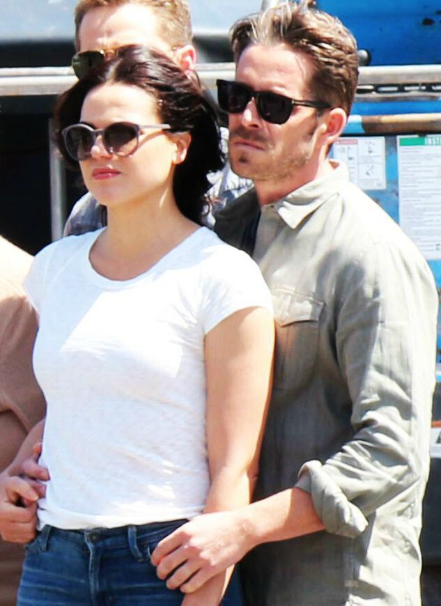Lana & Sean on set (July 17, 2015)