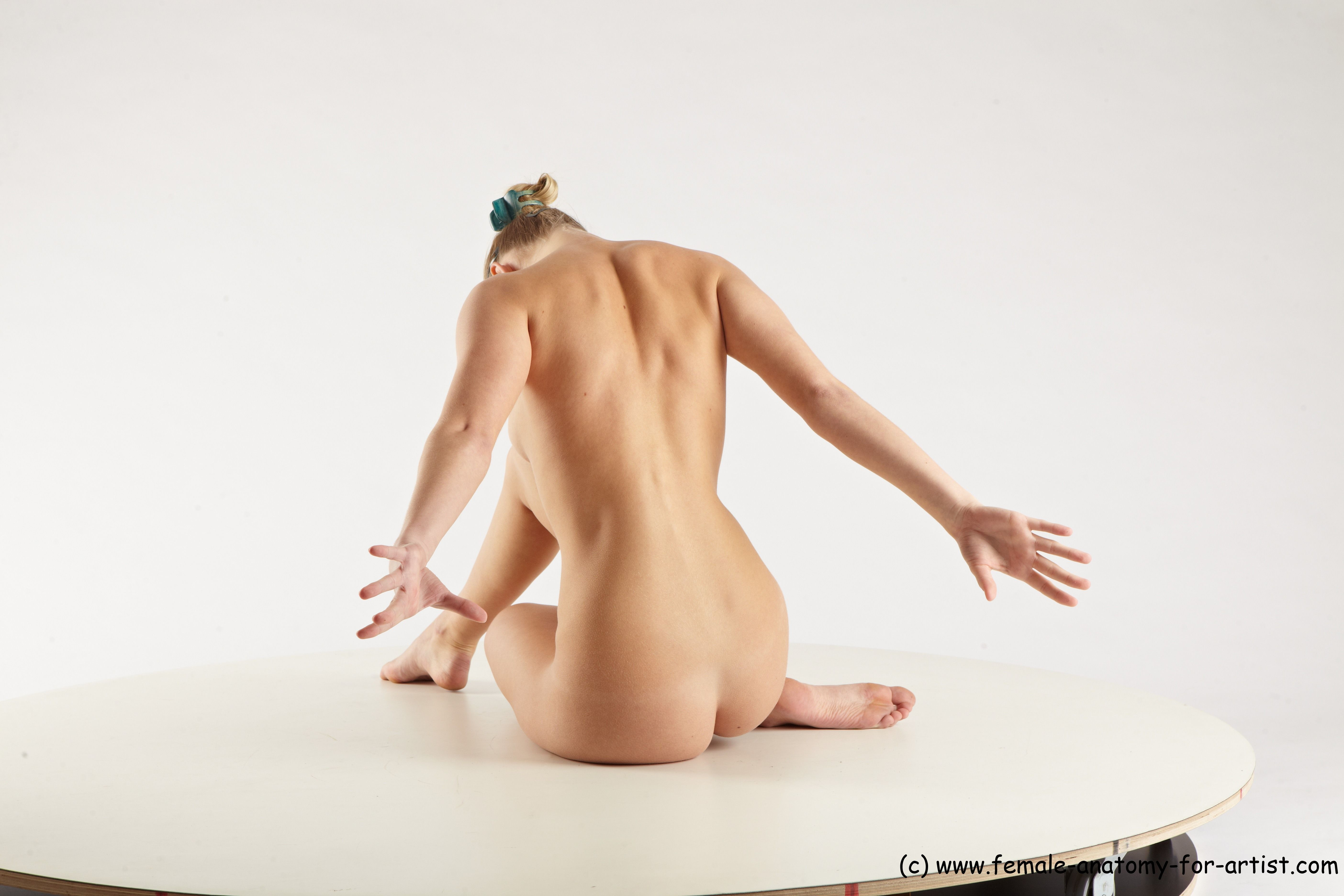 PHOTO REFERENCE OF NUDE WOMAN - FEMALE ANATOMY FOR ARTIST | Figure ...