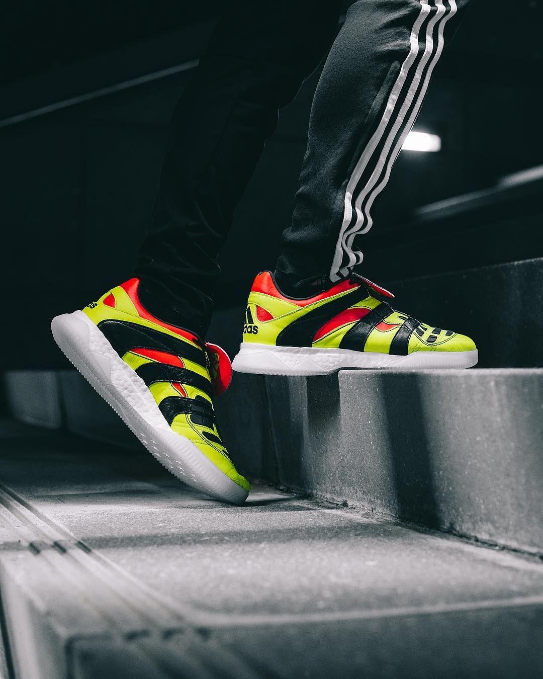 eba8942d09e Adidas Predator Accelerator Electricity remake FG.