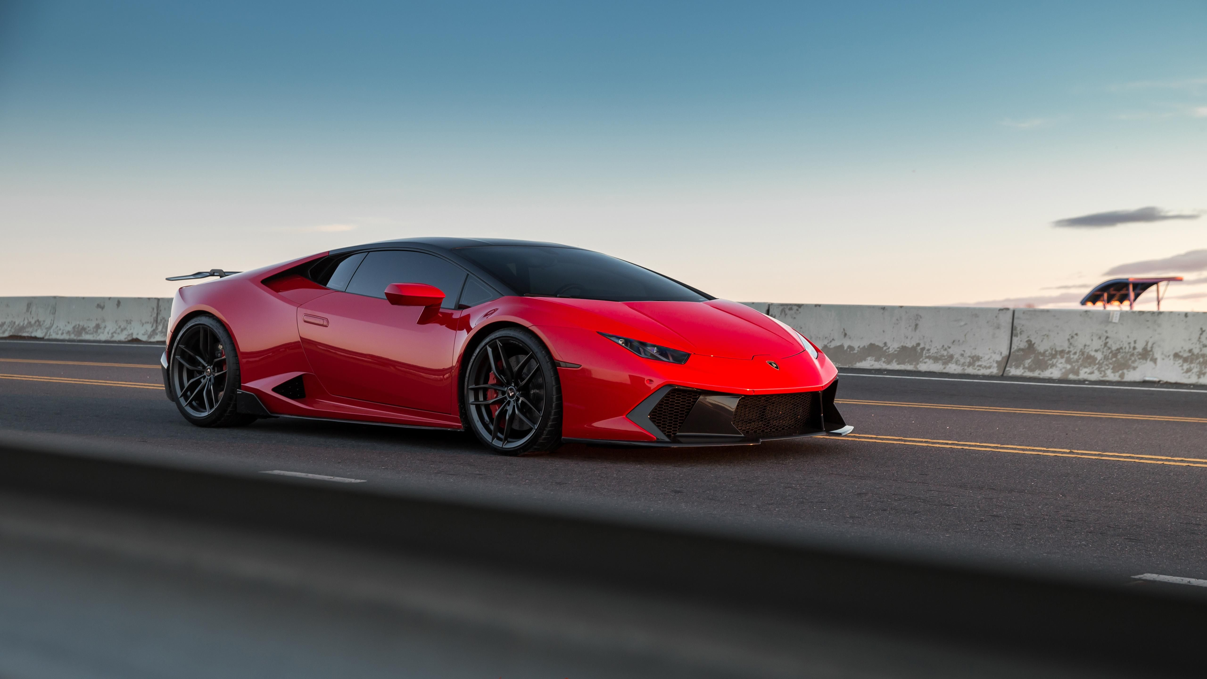 Lamborghini Hurucan - Red & Black looks sick ...