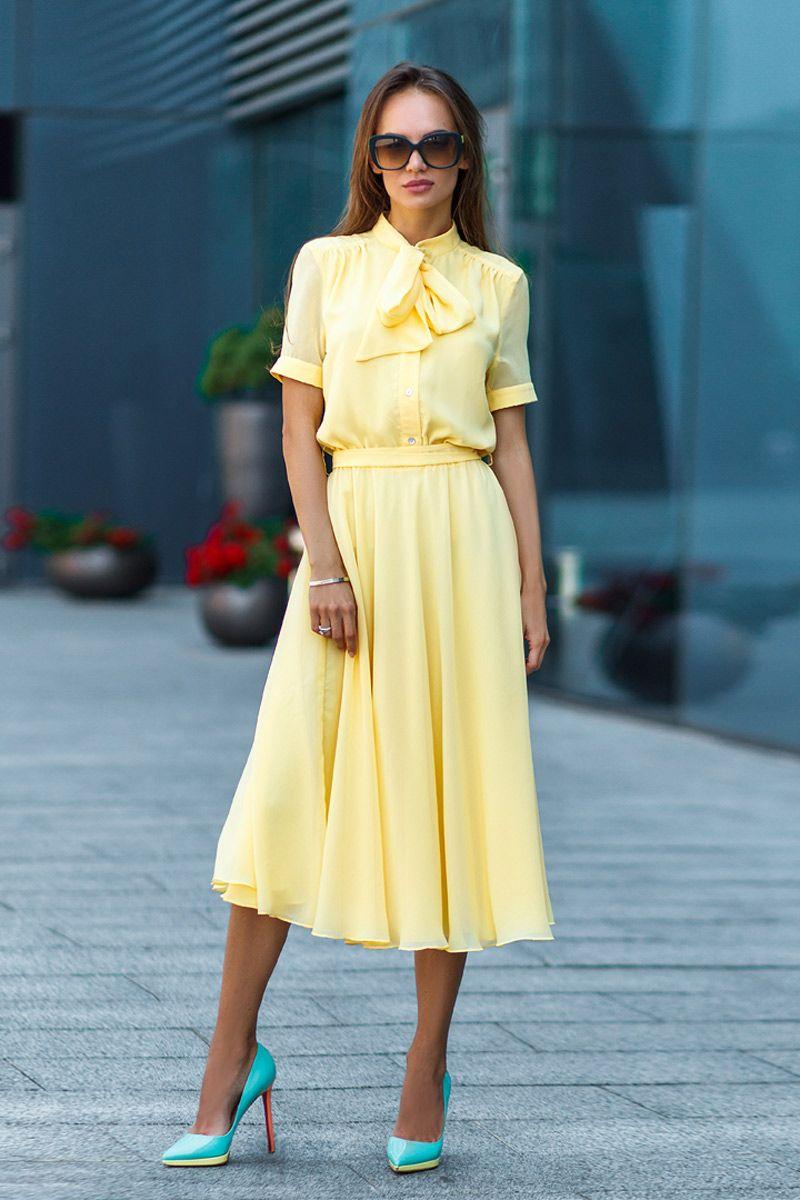12904de751b9efe Воздушное платье с коротким рукавом желтого цвета от SL.IRA. Купить  стильные дизайнерские ПЛАТЬЯ недорого.