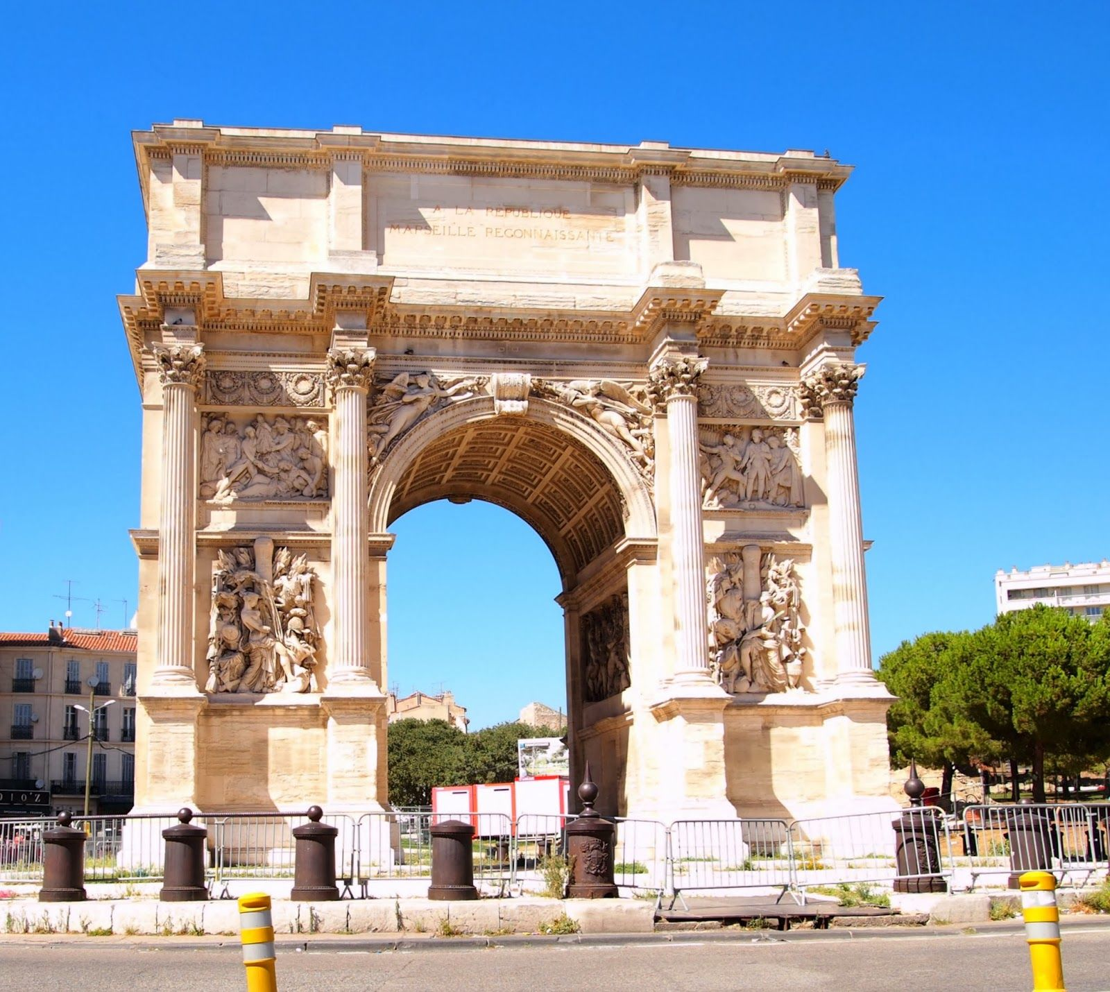 Information Dose Marseilles Arc De Triomphe France Arc De Triomphe American War Of Independence France
