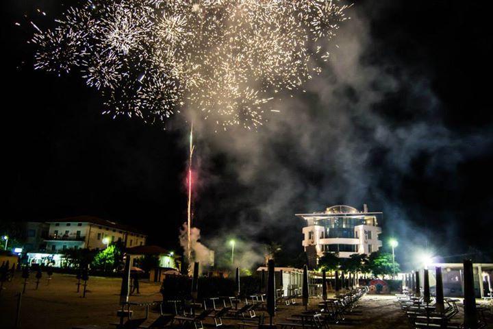 Il #ferragosto 2014 è stata un esplosione di #divertimento al Blu Suite ... e non solo per il fuochi d'artificio a #rimini!