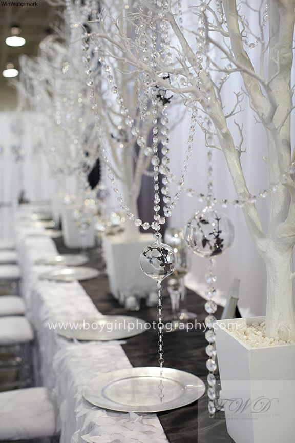 Pin By F O U N D Events Rentals On Wedding Shows Style Shoots Crystal Wedding Decor Wedding Centerpieces Wedding Deco