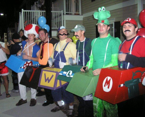 the 50 greatest halloween costumes from 2010. Black Bedroom Furniture Sets. Home Design Ideas