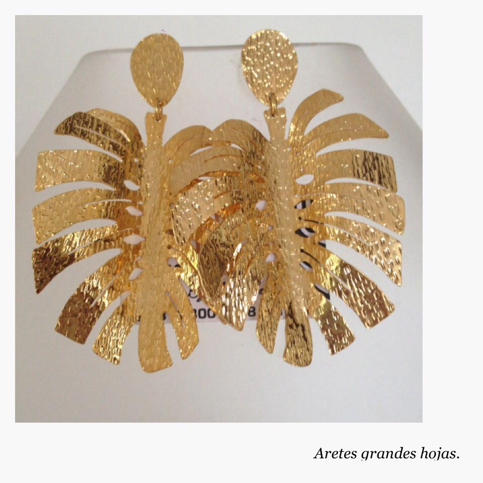 cf24358f42af Aretes hojas grandes en bronce con baño de oro.   Quick Saves ...