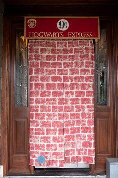 Photo of Der Hogwarts Express wartet! Mit dem Ticket in der Hand können Ihre Gäste …