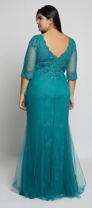 b64be1f11 Vestido longo de tule bordado e renda com manga ¾. Ideal para mulheres que  querem esconder os braços, a manga em tule com aplicação de bordado é uma  ótima ...