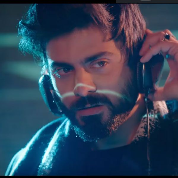 Just 2 Seconds Of Fawad Khan As The Hot Dj In Ae Dil Hai Mushkil