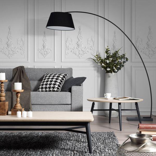 Mit riesigen Stehlampen sorgt man beispielsweise im Wohnzimmer für - landhausstil wohnzimmer modern
