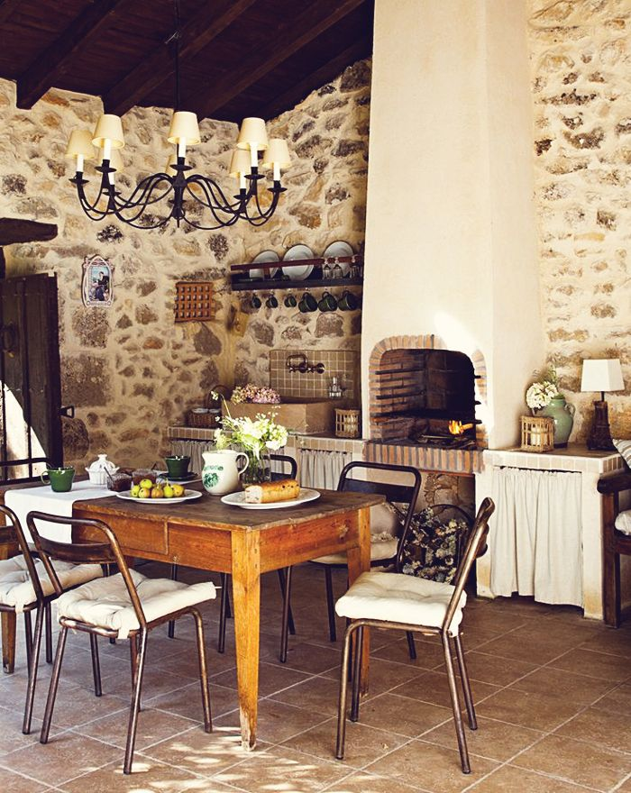 Rustic kitchen with stone walls ⓚⓘⓣⓒⓗⓔⓝ ENCOUNTERS