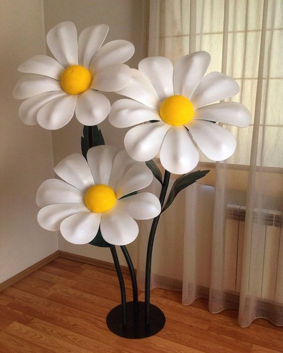 Giant Paper Flowers-Standing Paper Flowers-Flowers wihs Stem-Steemed Flowers-Flowers Stand-Large pap #largepaperflowers