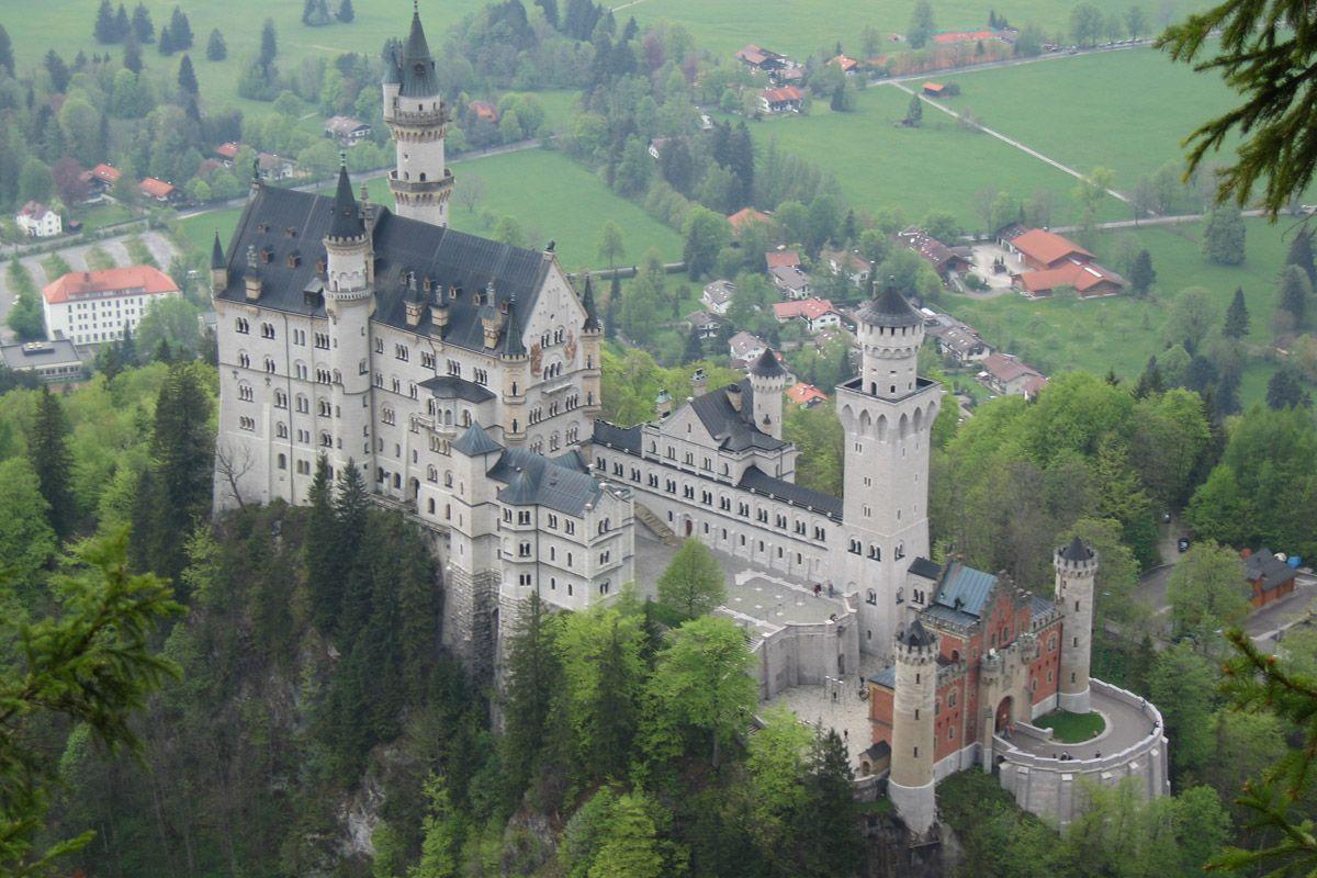 Neuschwanstein Castle King Ludwig S Castle Bavaria Germany Germany Castles Neuschwanstein Castle Castle Pictures