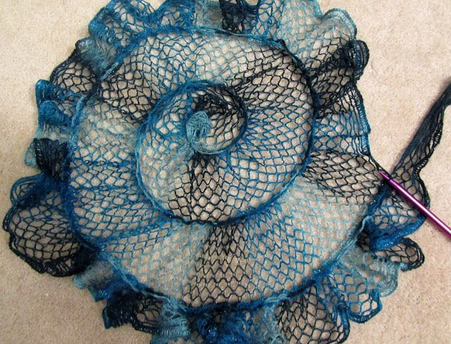 Knitting Up A Storm: Sashay Shawl | Lace knitting | Pinterest | Chal ...