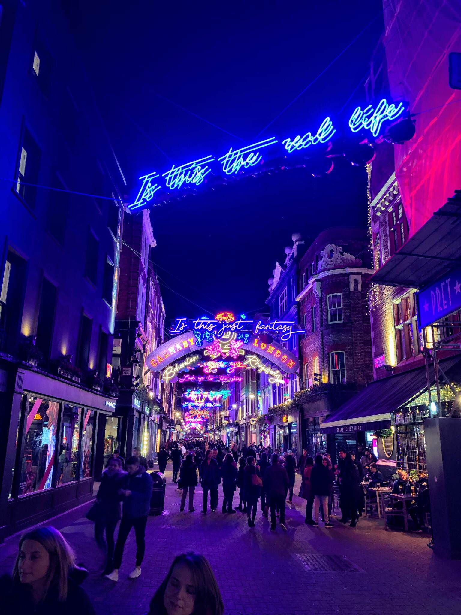 Carnaby Street by Night! Carnaby street, Old london, Carnaby