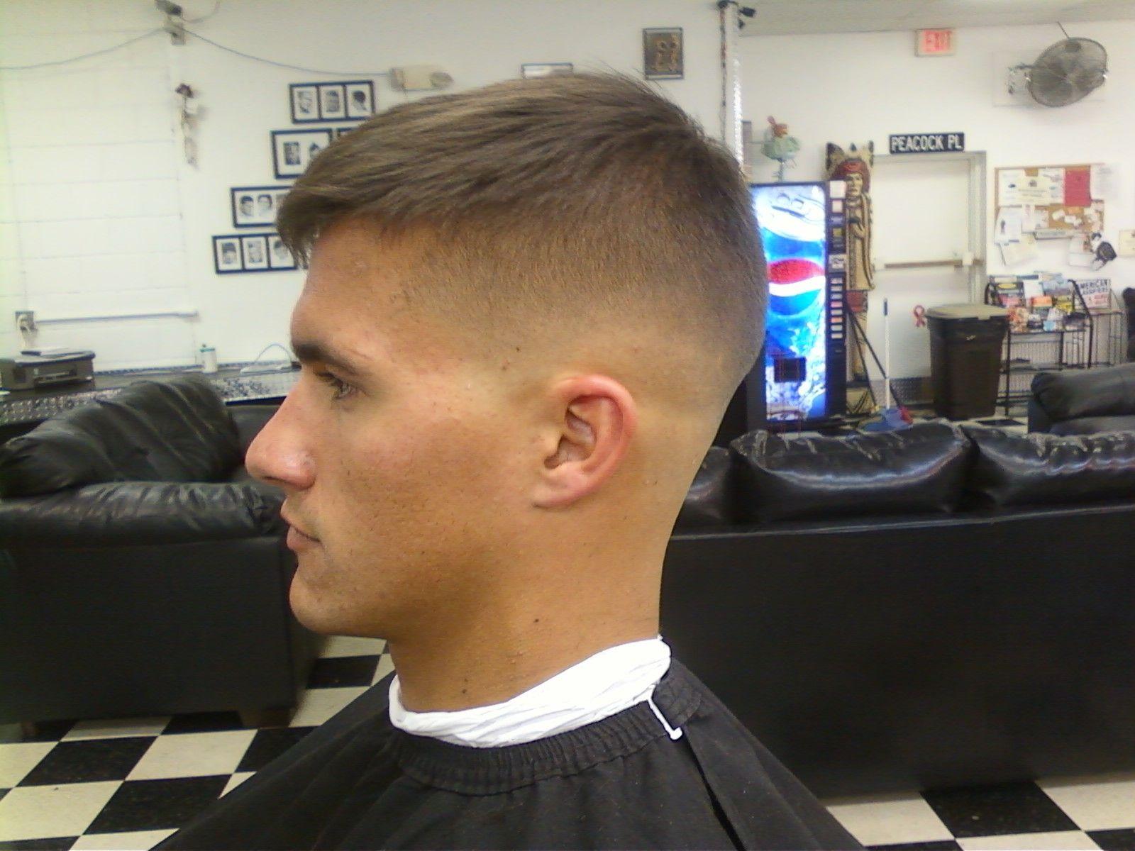 Fade Hair Styles: Skin Fade / Pompador