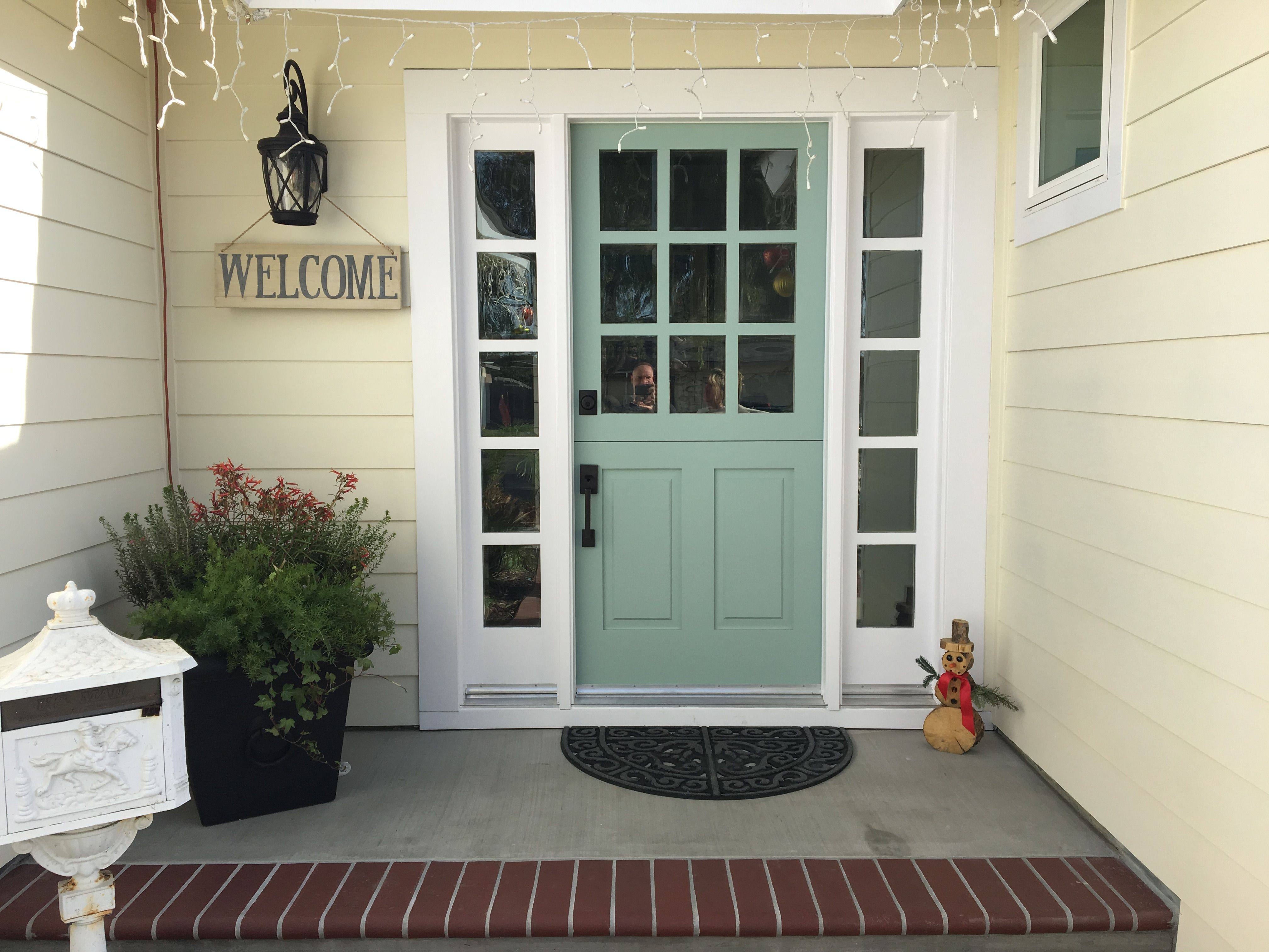 Door Benjamin Moore Wythe Blue Siding Sherwin Williams Summer White
