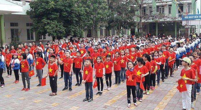 Áo cờ đỏ sao vàng trường tiểu học Đề Thám - Hình 3
