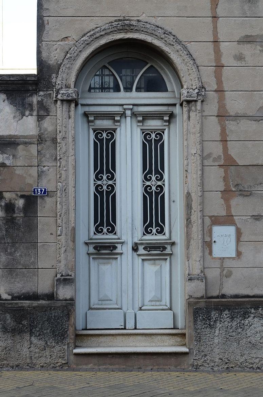 puertas antiguas asunci n puertas con encanto