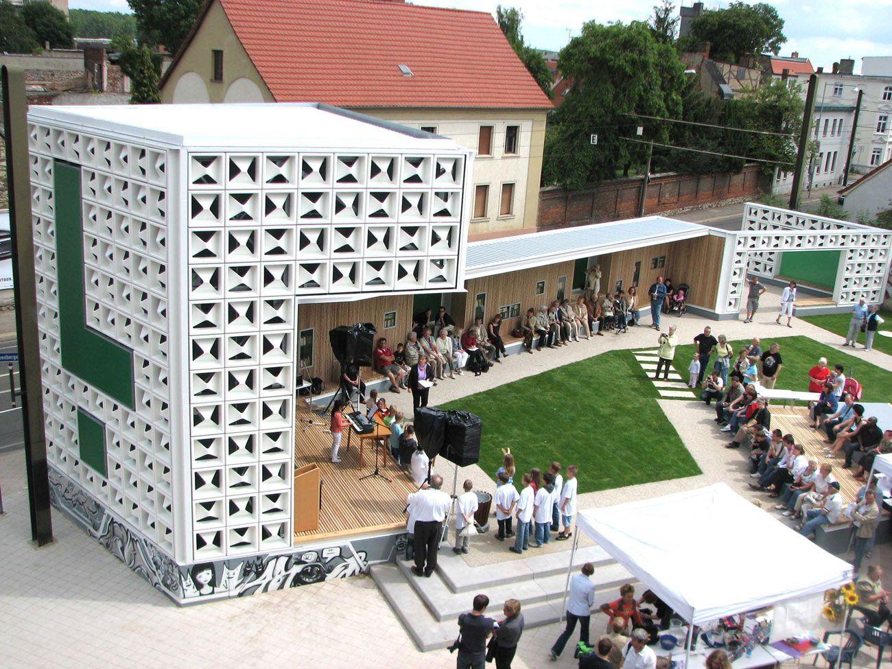 Architekt Magdeburg lz oben 2009 open air library magdeburg germany karo