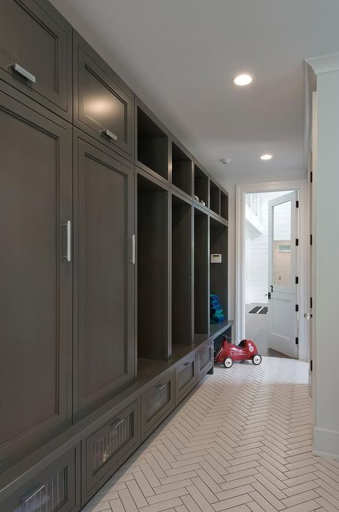 Farmhouse Mud Room Entry