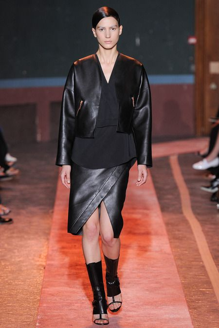 Cédric Charlier Spring 2014 Ready-to-Wear Collection Slideshow on Style.com