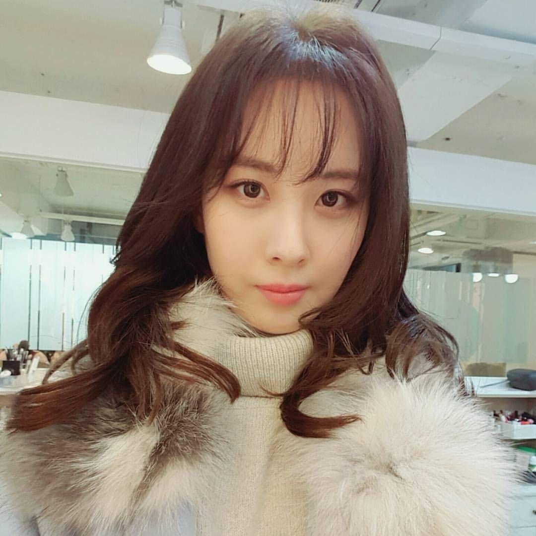 seojuhyun_s: 뿅 수험생 여러분~~정말정말 수고 많으셨어요~~^^토닥토닥 오늘도 좋은 하루 보내길 바라용 Love u all❤