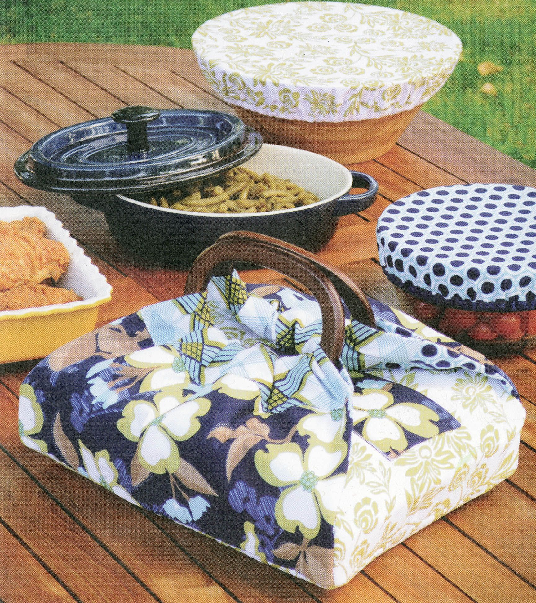 The Casserole Carrier And Bowl Covers