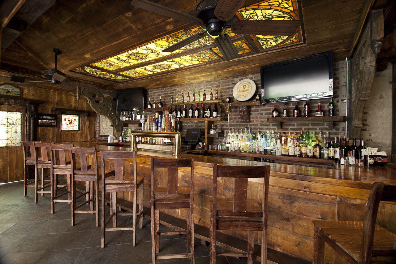 Hurley's saloon interior Interior privateroom