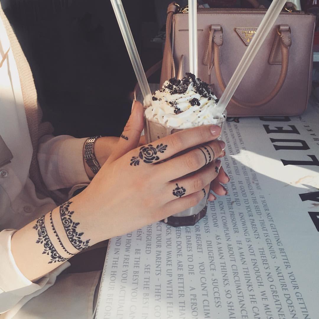 Rose Henna Tattoo Designs On Wrist: Henna Tattoo Designs, Henna