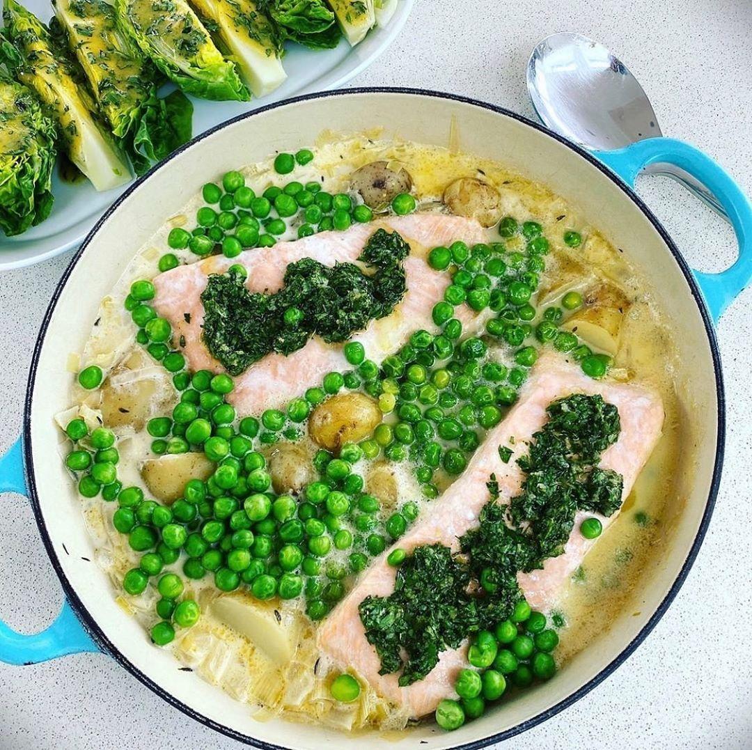 Salmon and Spring vegetable stew | Vegetable stew, Spring vegetables, Stew