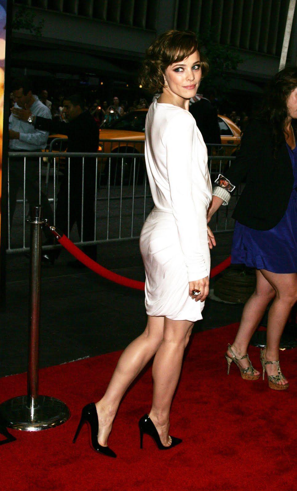 Celebrities Wearing Things!   Rachel mcadams, Rachel