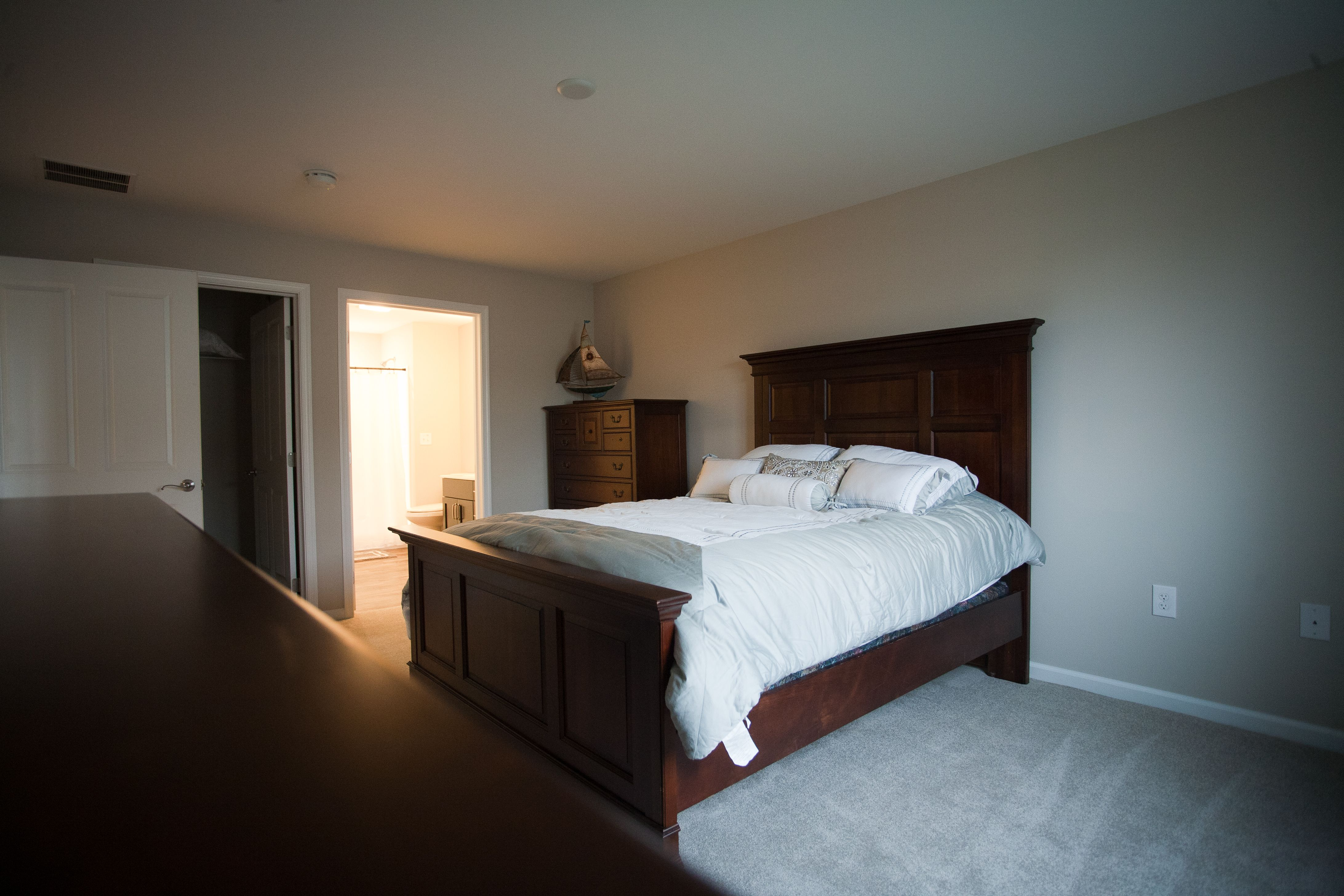 Best Spacious Master Bedroom In The Wheaton 2 Bedroom A 12X16 400 x 300