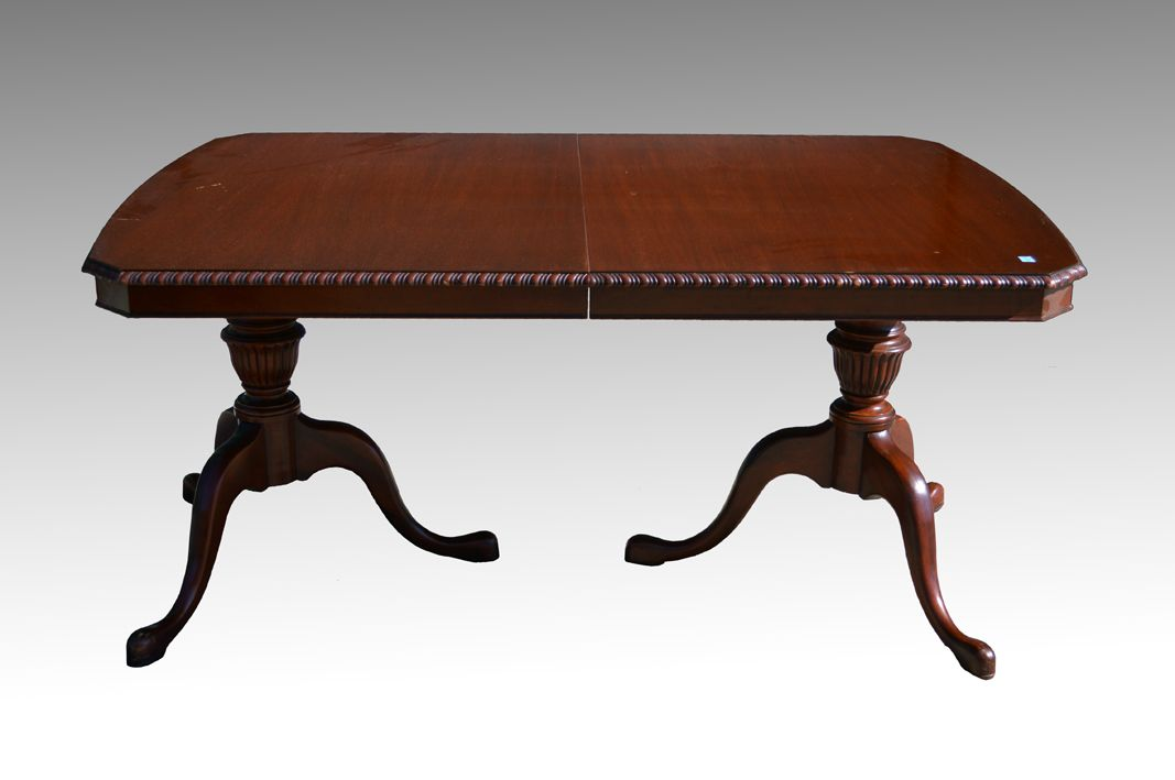 Sold Mahogany Chippendale Dining Room Table By Drexel Antique Dining Room Furniture Dining Room Table Mahogany Dining Table