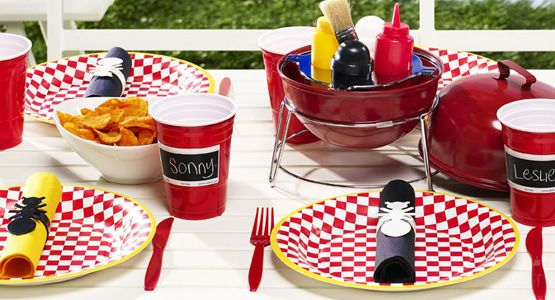 bbq party table decorations images galleries with a bite. Black Bedroom Furniture Sets. Home Design Ideas