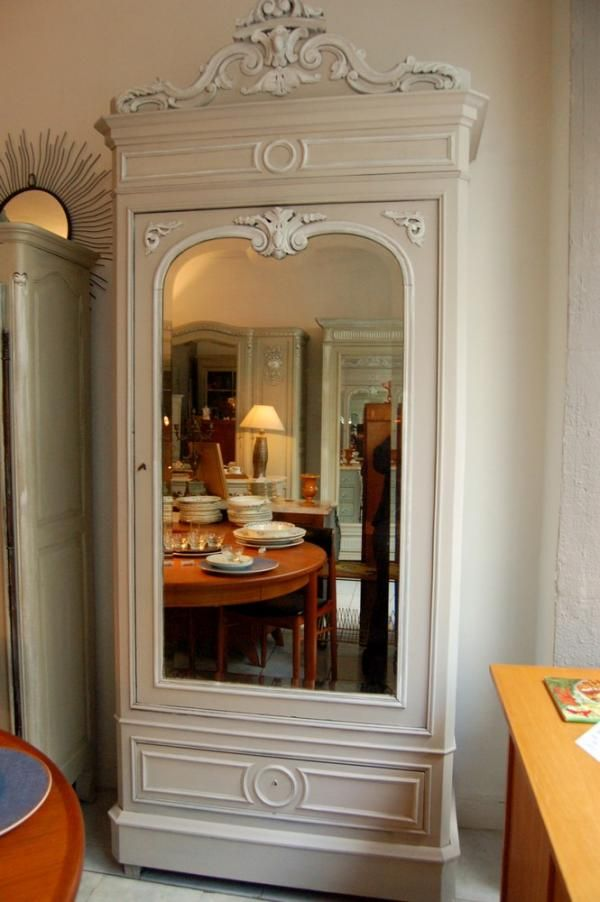 bonneti re armoire patin e ancienne fin xixe deb xxe. Black Bedroom Furniture Sets. Home Design Ideas