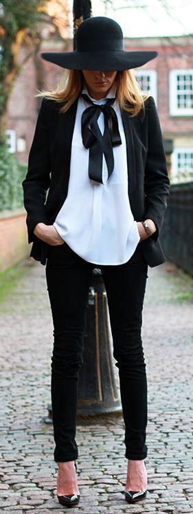 Outfit hochzeit schwarze hose