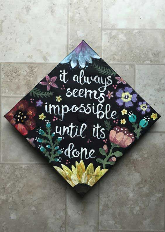 25 Of The Prettiest Diy Graduation Caps You Ll Ever See Do It
