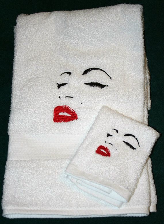 . Pin by Michelle Torre on Home in 2019   Marilyn monroe bathroom