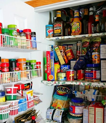 Organized Pantry And Pantry Tips: 12 Tips To Organize Your Pantry At TheFrugalGirls.com