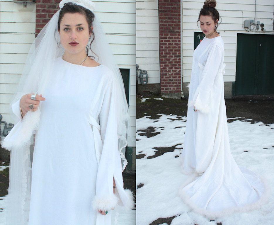 Vintage 1960s Wedding Dress    60s White Velvet Wedding Gown with White  Marabou Feather Trim 69b57a897