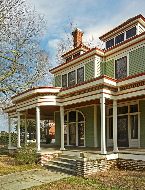 Restored Victorian House For Sale On Goldsboro Street Wilson Nc Victorian House Colors Victorian Houses For Sale Exterior House Colors