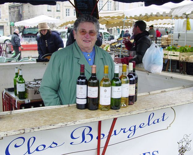 Auch im Winter: Sonntagsmarkt in Bordeaux   BLEU, BLANC, ROUGE
