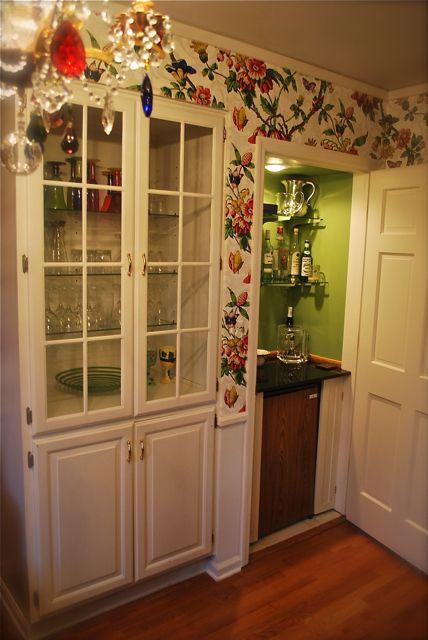 how to build a liquor cabinet