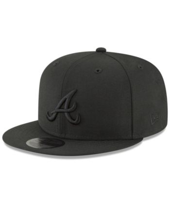 070735a52e4e5 New Era Atlanta Braves Blackout 59FIFTY Fitted Cap - Black 6 7/8 in ...