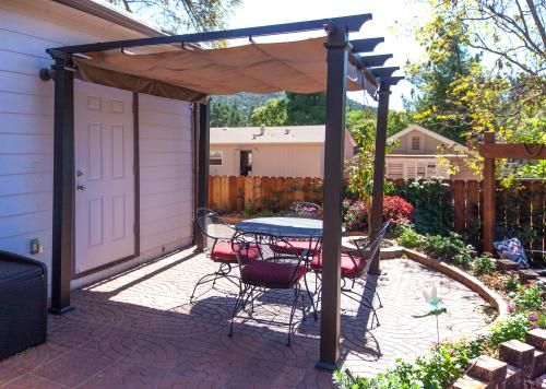 Hampton Bay 9-1/2 ft. x 9-1/2 ft. Steel Pergola with ...