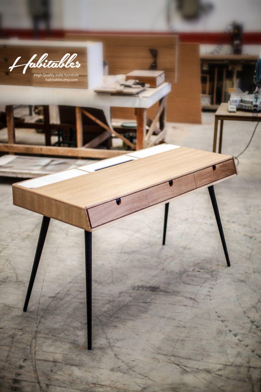 Tisch in eiche b ro wc schreibtisch moderne tantik for Tisch eiche modern