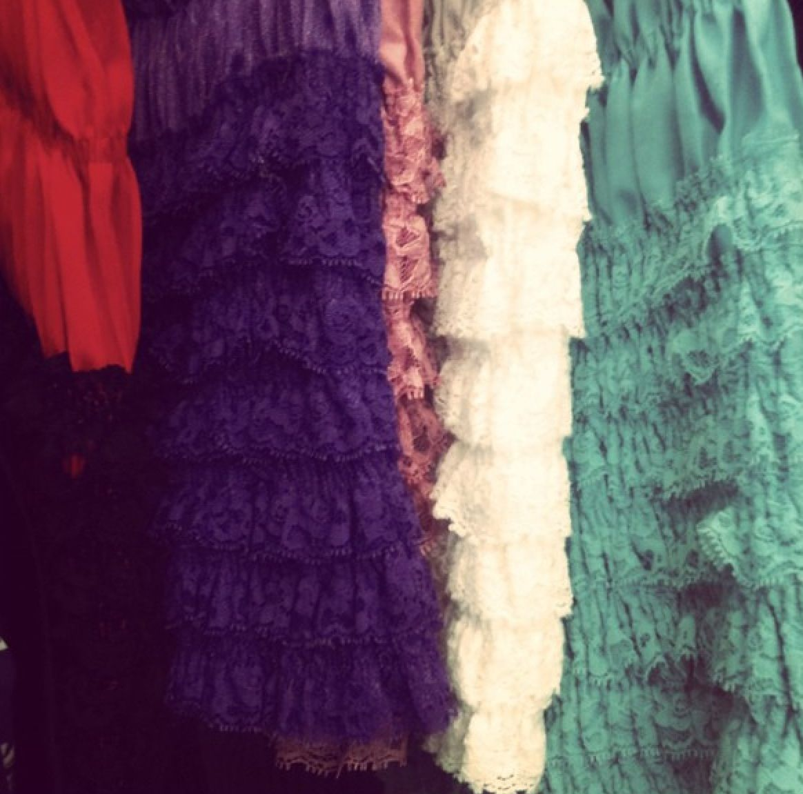 Great Gatsby inspired rainbow lace