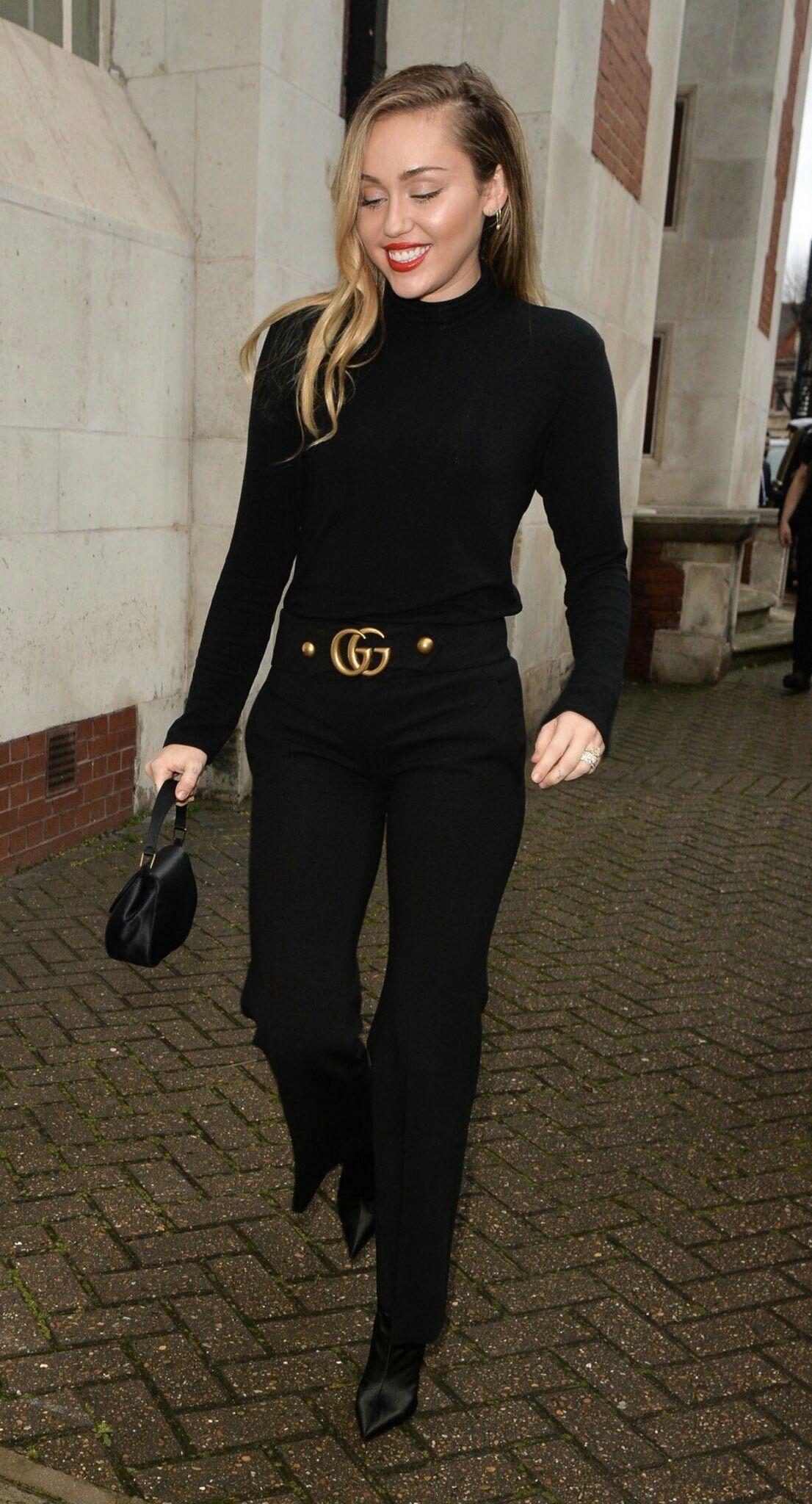 930dad99c87 Miley Cyrus all black Gucci belt