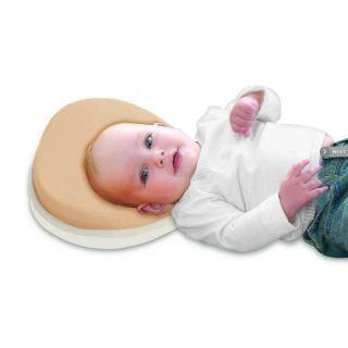 Kussen om een plat achterhoofdje bij een baby te for Plat kussen